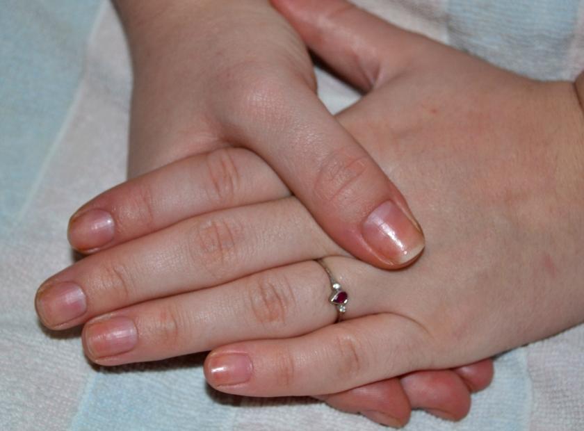 refacerea unghiilor dupa gelul UV